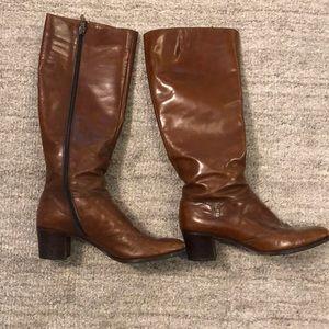 Ferragamo Vintage brown boot